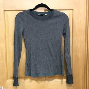 BDG gray crew neck long sleeve top urban outfitter